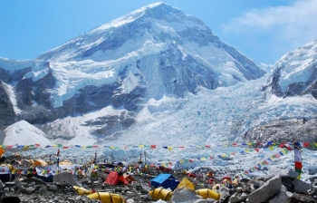 Everest Base Camp Tour by Overland from Kathmandu